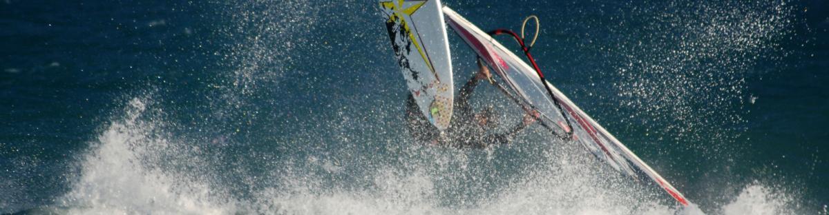 Planche à voile, un sport de nature